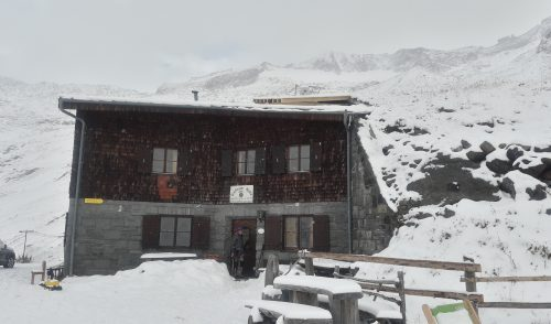 Artikelbild zu Artikel Arbeitswoche auf der Hütte mit Wintereinbruch